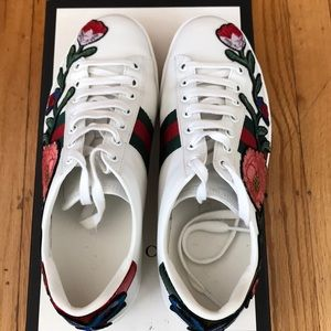 Gucci Shoes - 💯 AUTHENTIC Gucci sneakers